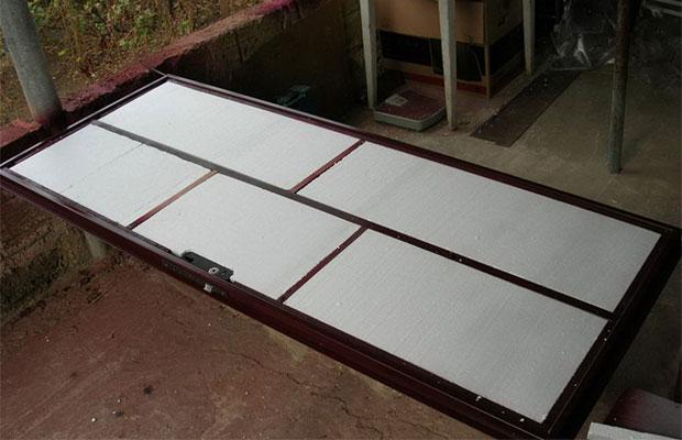Как утеплить металлическую разъемную входную дверь – работа без особых усилий