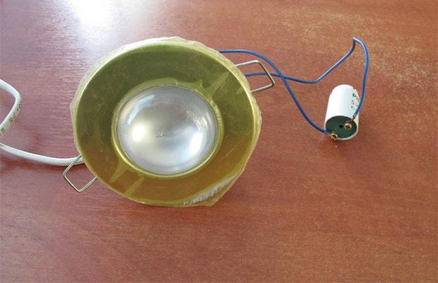 При проверки лампы сначала стоит проанализировать работу стартера