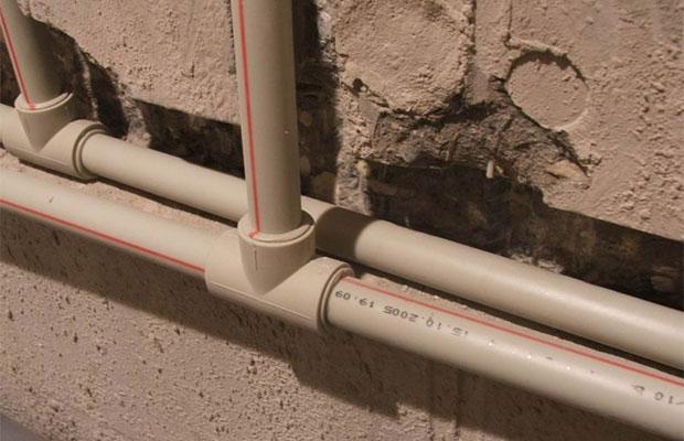 Полимерная и металлопластиковая арматура – плюсы и минусы