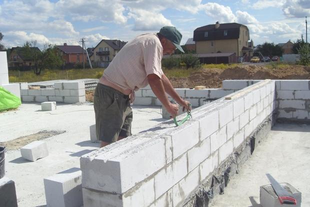 Фундамент из газоблоков - надежный и при этом недорогой вариант