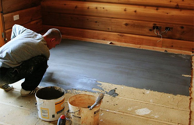 Гидроизоляцияв санузле деревянного дома обязательна