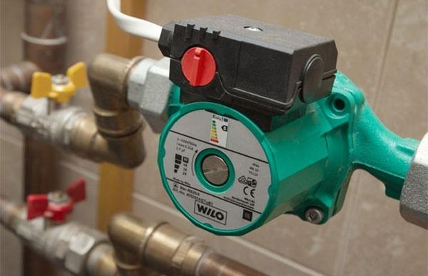 Система отопления с циркуляционным насосом чаще всего встречается в современных проектах