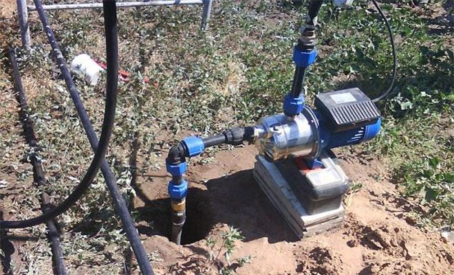 На качество воды влияет месторасположение и глубина скважины, минеральный состав грунта, качество водопровода