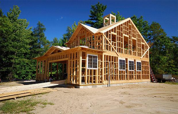 Каркасные дома строятся полностью из дерева, поэтому плохо удерживают тепло