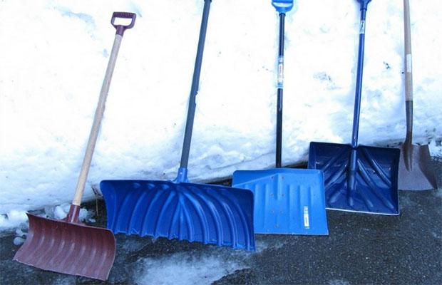 Ковш лопаты должен быть прочным