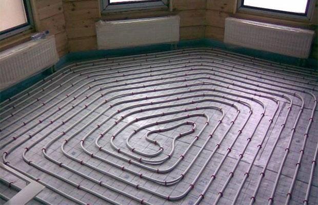 Труба укладывается прямо на подложку в форме улитки или спирали