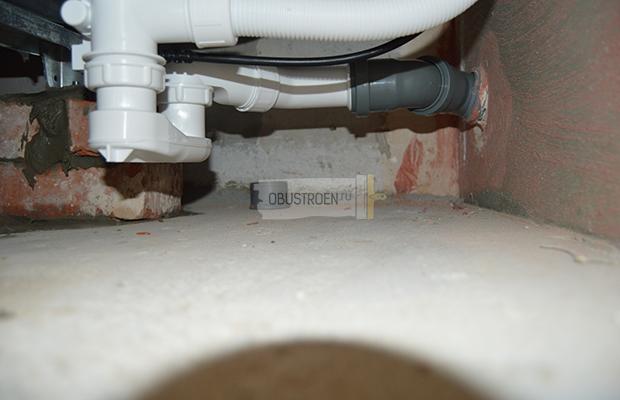 Подключение слива к канализации