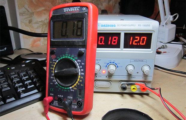 Мультиметры оснащаются встроенным омметром для измерения сопротивления