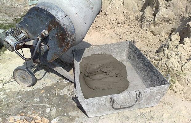 Для заливки железобетонных изделий используются марки цемента с высокими прочностными характеристиками