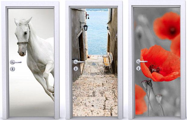 Для декора дверей часто используют фотообои