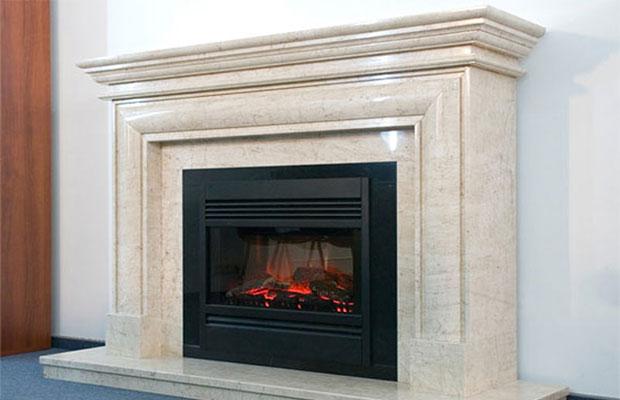 Дизайн камина выбирается в соответствии с интерьером комнаты