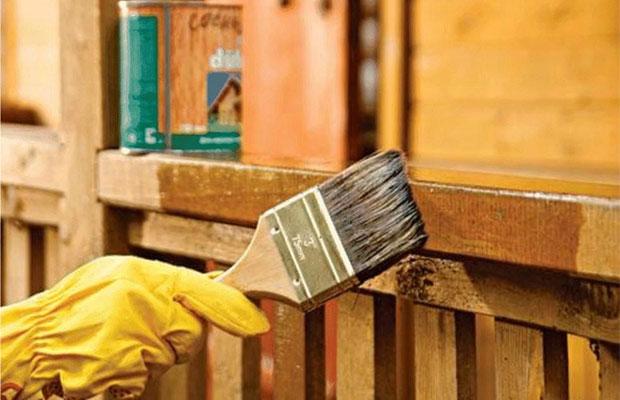 Пропитку деревянных элементов нужно периодически повторять
