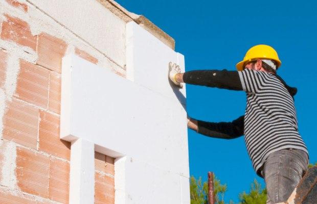 Благодаря высоким качествам такой материал идеально подходит для утепления домов