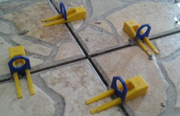 Отечественные 3d-крестики состоят из клина и зажима