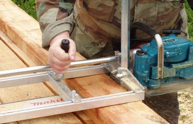 Миниатюрная пилорама требуется тем, к работает с древесиной регулярно