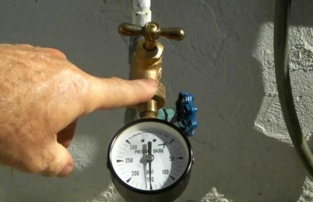 Вода под высоким давлением не замерзает, что защищает коллектор от разрыва даже в самый лютый мороз