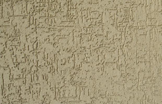 Для наружного декорирования поверхностей используют отделочные смеси с более крупной крошкой