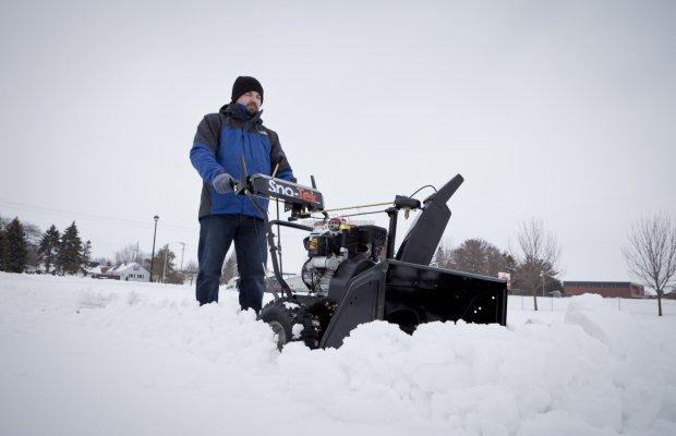 Размер ковша – важный показатель снегоуборочной машины