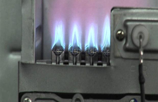 Чтобы узнать, какой объем газа нужно сжечь для генерации 1 кВт, нужно знать КПД котла