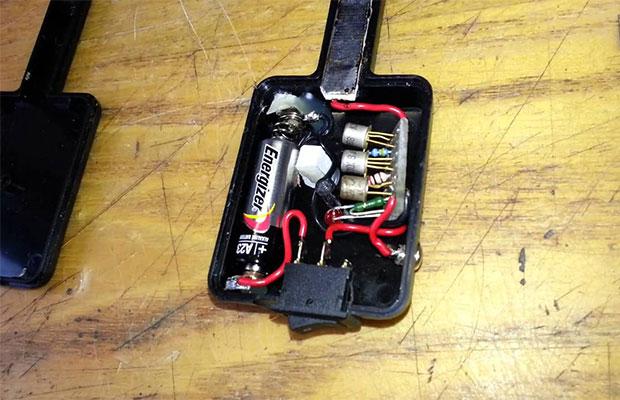 Детектор скрытой проводки можно сделать самостоятельно