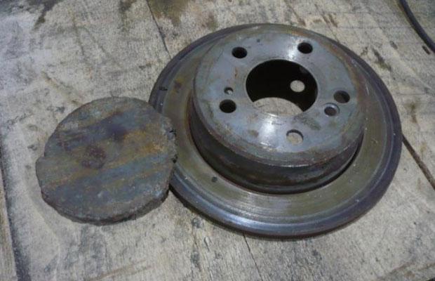 Чашу испарителя можно сделать из тормозного диска
