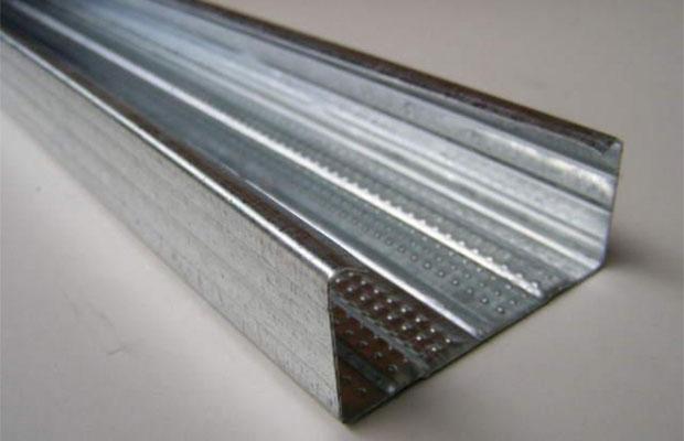 Для создания каркаса под гипсокартон чаще всего используют металлические профили