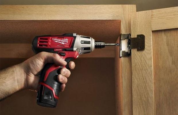При частном использовании стоит позаботиться о том, чтобы инструмент удобно лежал в руке