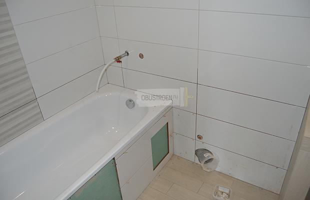 Обкладываем нишу ванны