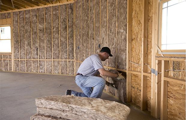 Утепление стен каркасного дома минеральной ватой