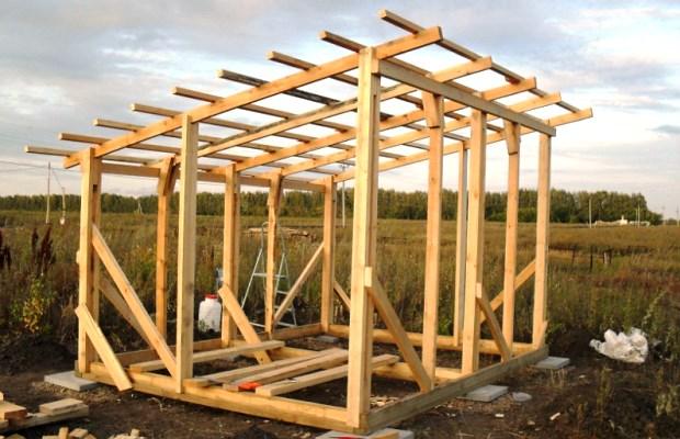 Каркас бытовки с заготовкой под односкатную крышу - простейший вариант