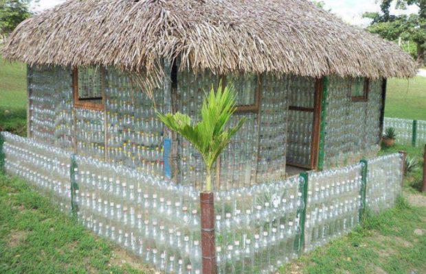 Сногсшибательная беседка-дом из пластиковых бутылок