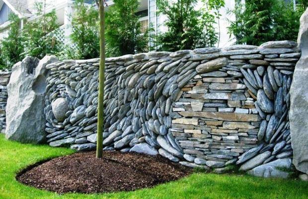 Хорошая каменная ограда обладает огромным числом достоинств