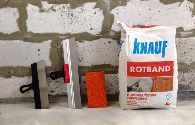 Цементная штукатурка подходит в основном для отделки неотапливаемых помещений