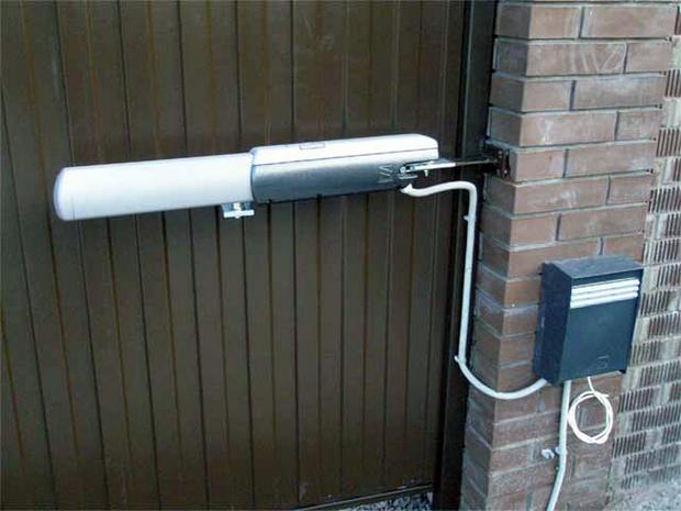 Автоматического привод для распашных ворот