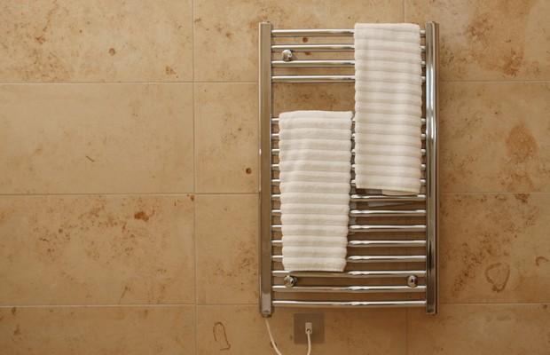 Холодный полотенцесушитель в квартире что делать