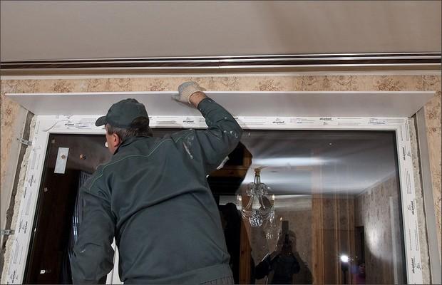 Устанавливаем откосы на современные окна