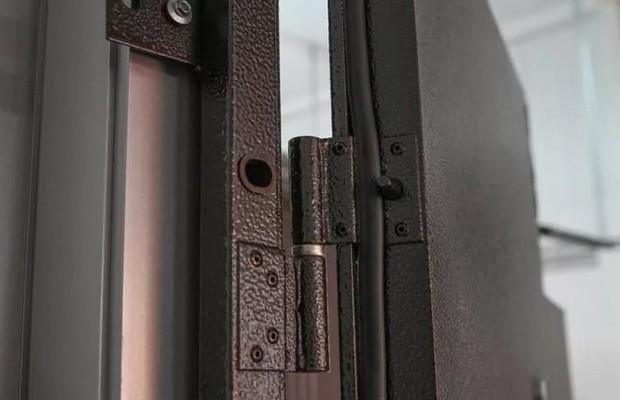 Петли для входных металлических дверей
