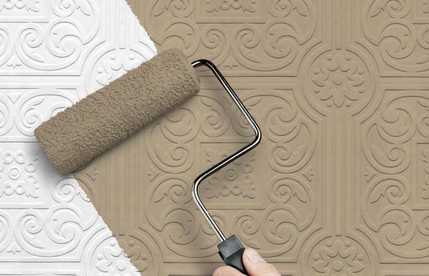 Флизелиновые обои можно окрашивать только после высыхания клея