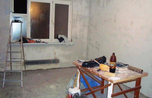 При необходимости перепланировки объекта, первым делом производятся все работы по демонтажу перегородок