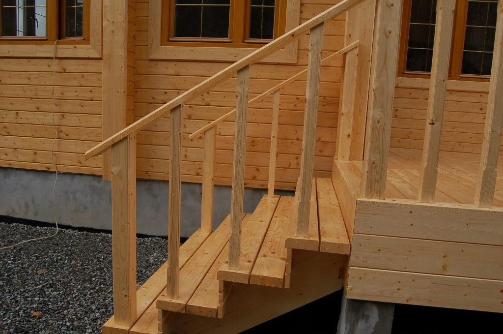 Крыльцо из дерева для дома или дачи – как сделать своими руками?