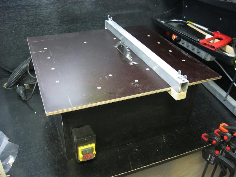 Установка дисковой пилы в стол как циркулярка