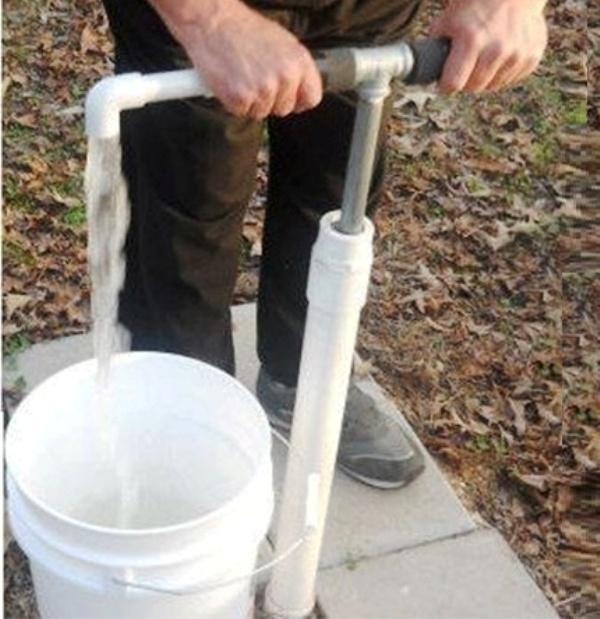 Ручной насос для воды из скважины на участке – самостоятельное изготовление и монтаж