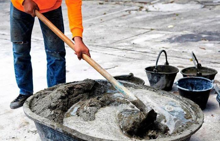 Как можно облегчить процесс замешивания бетона: несколько проверенных секретов